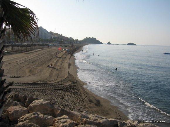 Amanecer en la playa de San Cristobal