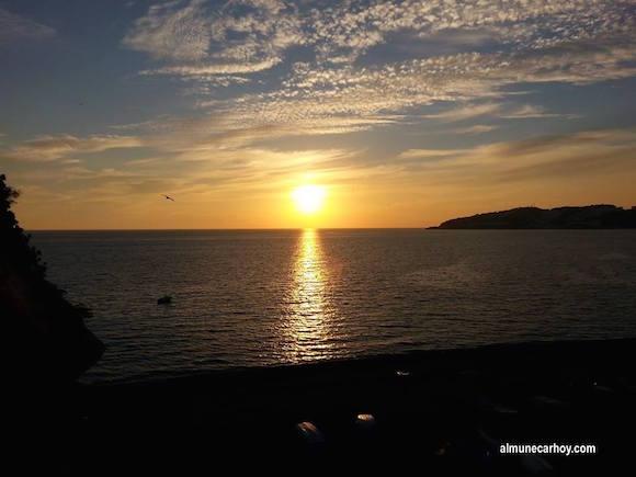 Atardecer desde la Playa de San Cristobal en Almuñecar
