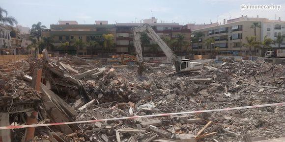 Vista de los Escombros en el solar del antiguo Mercado de Almuñécar