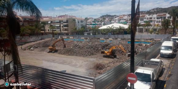 Obras de Derribo del Mercado Municipal de Almuñécar, Martes 12 de Mayo de 2020