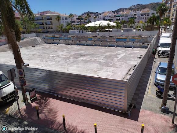 Solar del antiguo Mercado de abastos de Almuñécar el 20 de Junio de 2020.