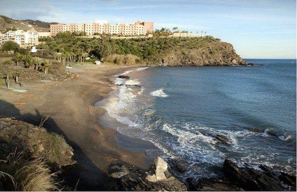 Playa de Calabajío Almuñécar