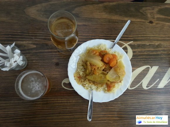 Tapear en Almuñécar - Bar Ozemi