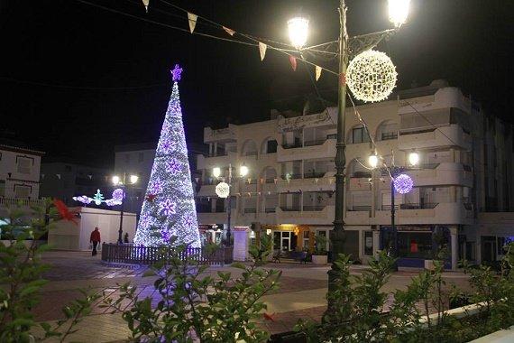 Árbol de Navidad en Plaza Nueva de La Herradura