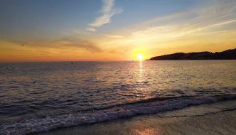Puesta de Sol en la Playa de san Cristobal, junto a la Churreria San Cristobal