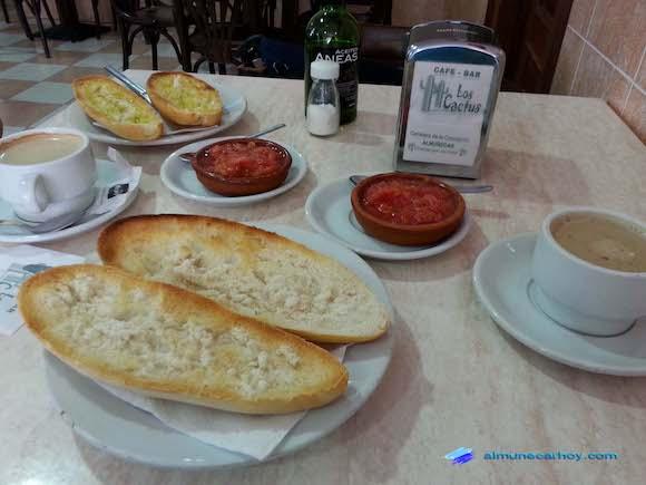 Desayuno Bar Los Cactus Almuñécar